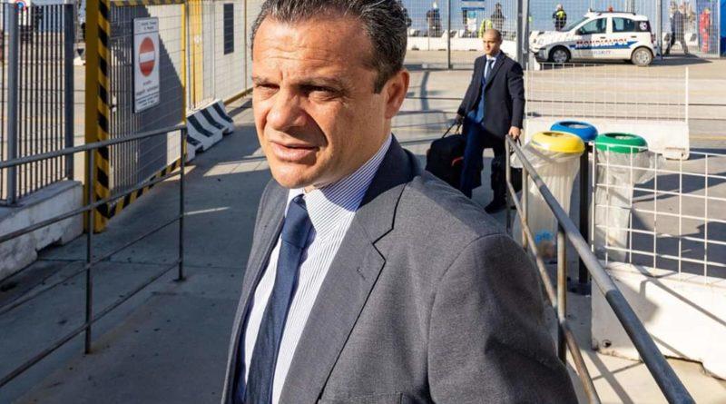 Vilipendio della Repubblica, il ministro dell'Interno denuncia il sindaco di Messina Cateno De Luca